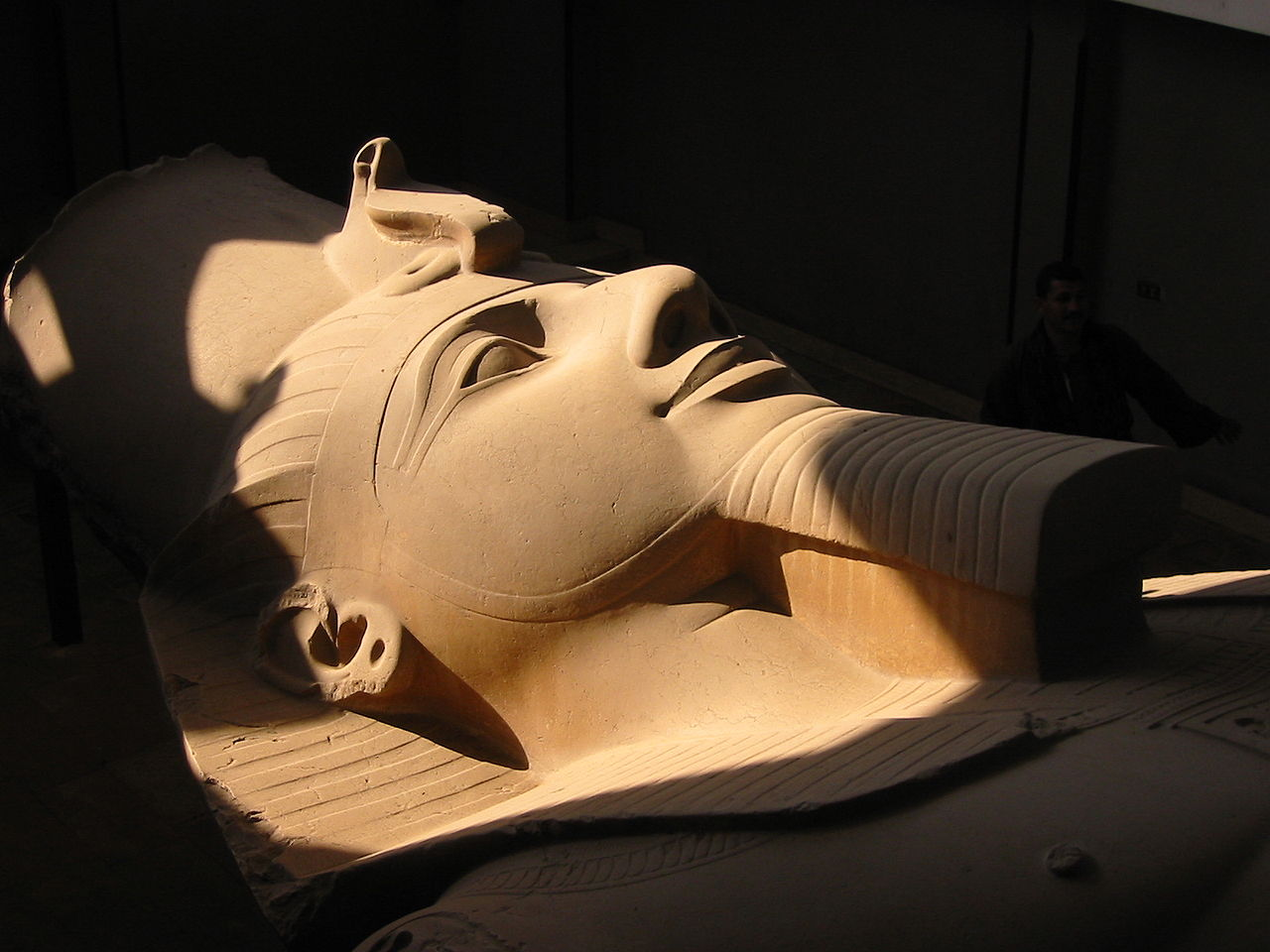 Estatua colosal de  Ramses  II