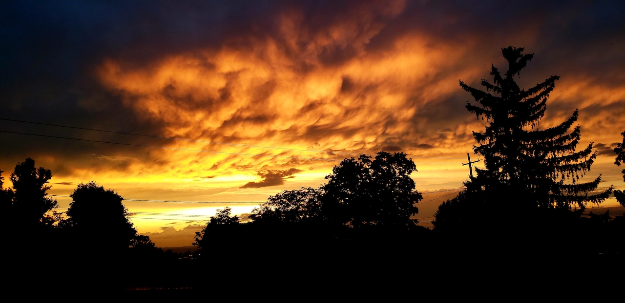 Fire in the sky (photo)
